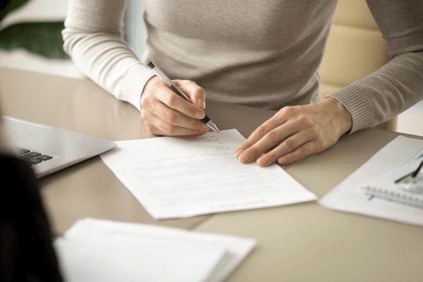 Fachanwältin für Miet- und Wohnungseigentumsrecht  Weitere Schwerpunkte:  Ehe- und Familienrecht, Vertragsrecht